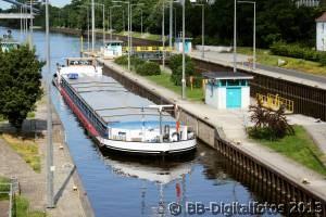Schleuse Offenbach, Binnenschiff, Mainschifffahrt